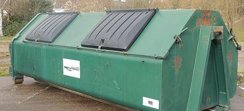 benne à déchets recyclables